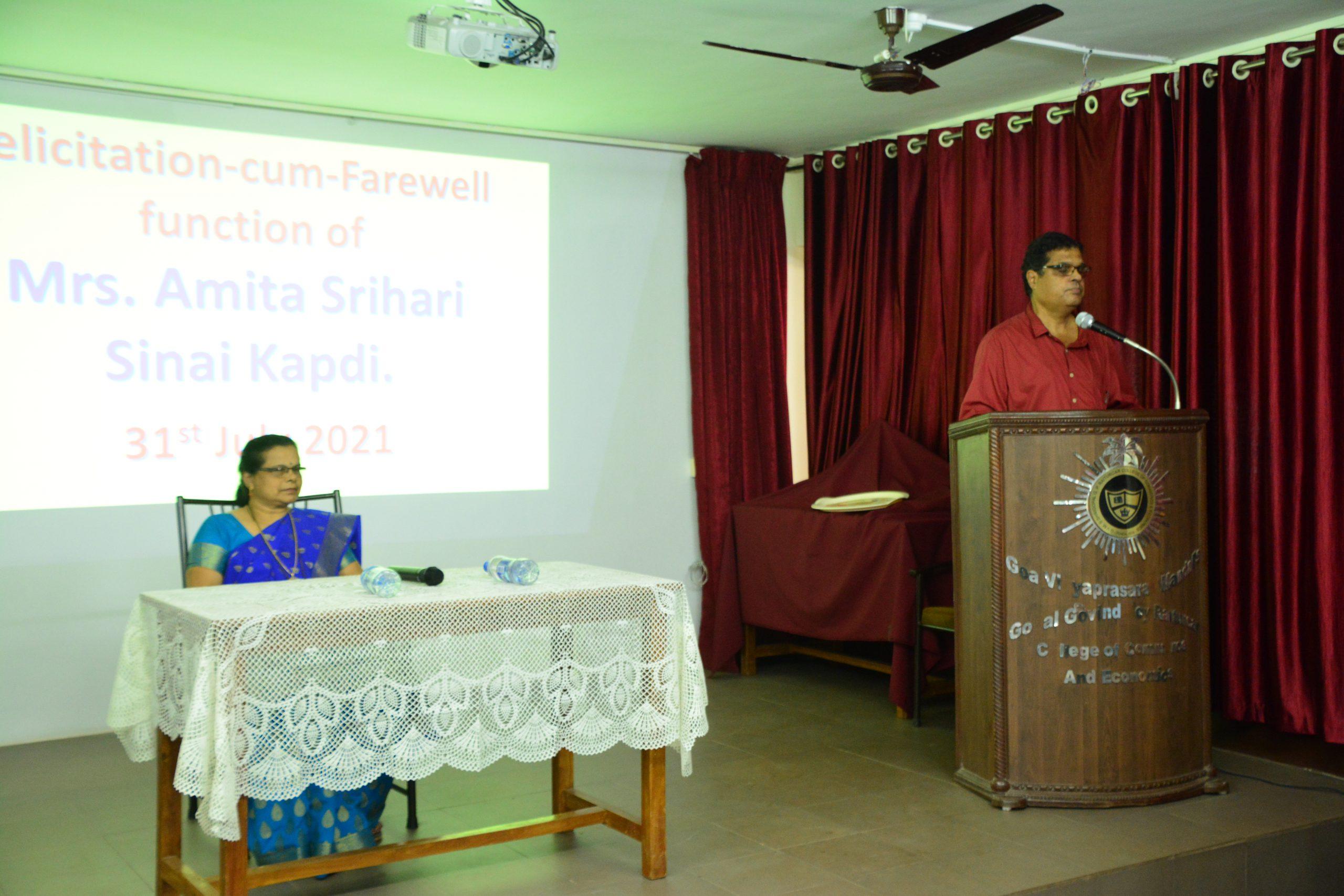 Felicitation-cum-Farewell function of Mrs. Amita Kapdi